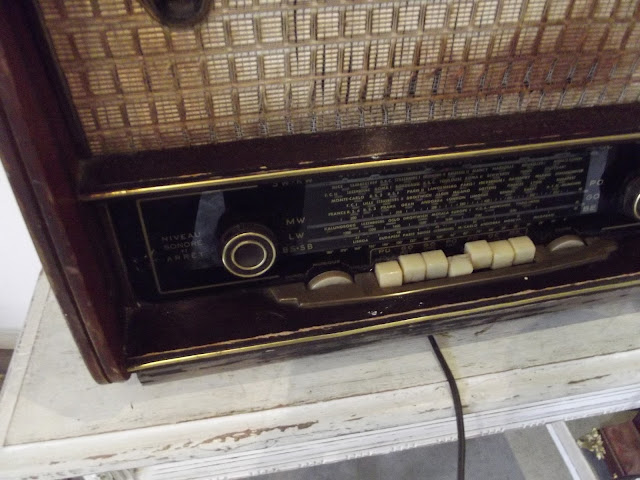 www.didoulabrocante.fr: ancien poste radio tsf pick up schneider bolero phono a restaurer
