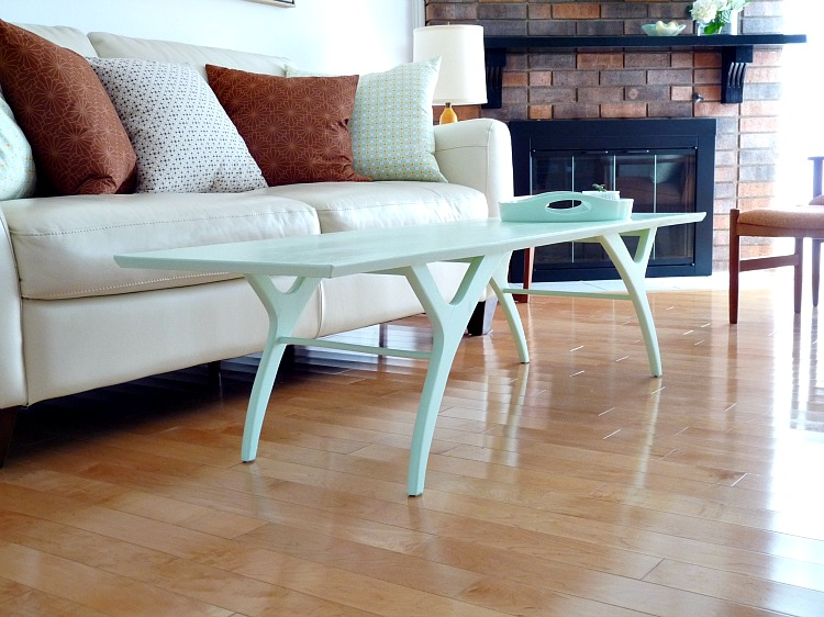 Mid-century coffee table painted makeover