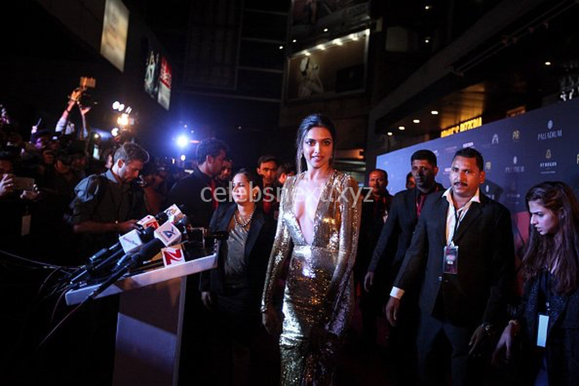 Deepika Padukone Promoting XXX: Return of Xander Cage in India in Golde Gown