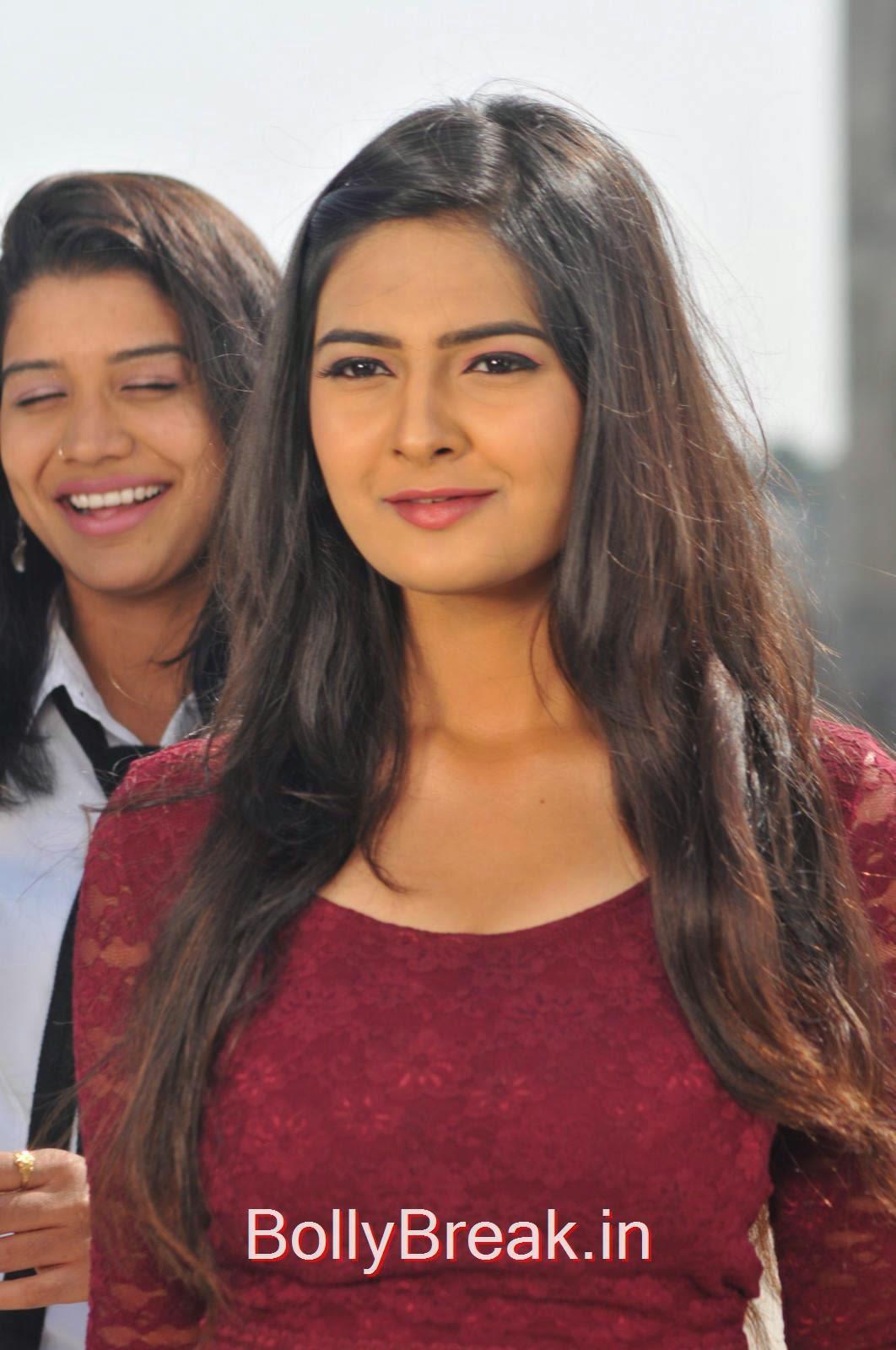 Neha Deshpande Photo Gallery, Actress Neha Deshpande Hot HD Stills from The Bells Movie