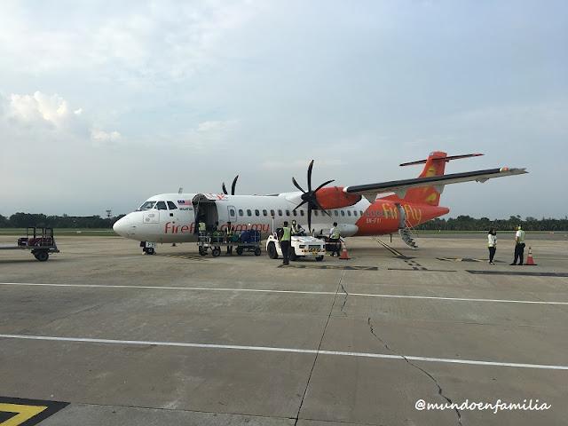 Avión Firefly de Penang a Kota Bharu