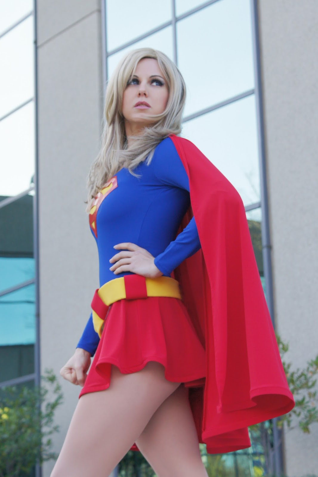 30 Supergirl Cosplayers Who Will Make You a Man of Steel
