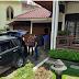 KPK Bawa Dua Koper Besar Hasil Penggeledahan Rumah Bupati Solok Selatan