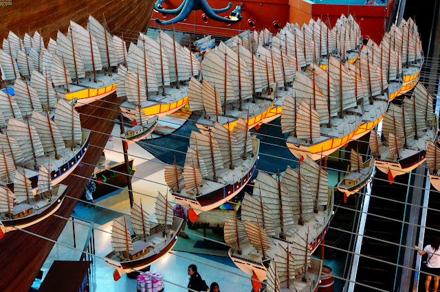 Zheng He's Great Armanda of Chinese junks during the expeditionary voyages, S.E.A. Aquarium, Sentosa, Singapore