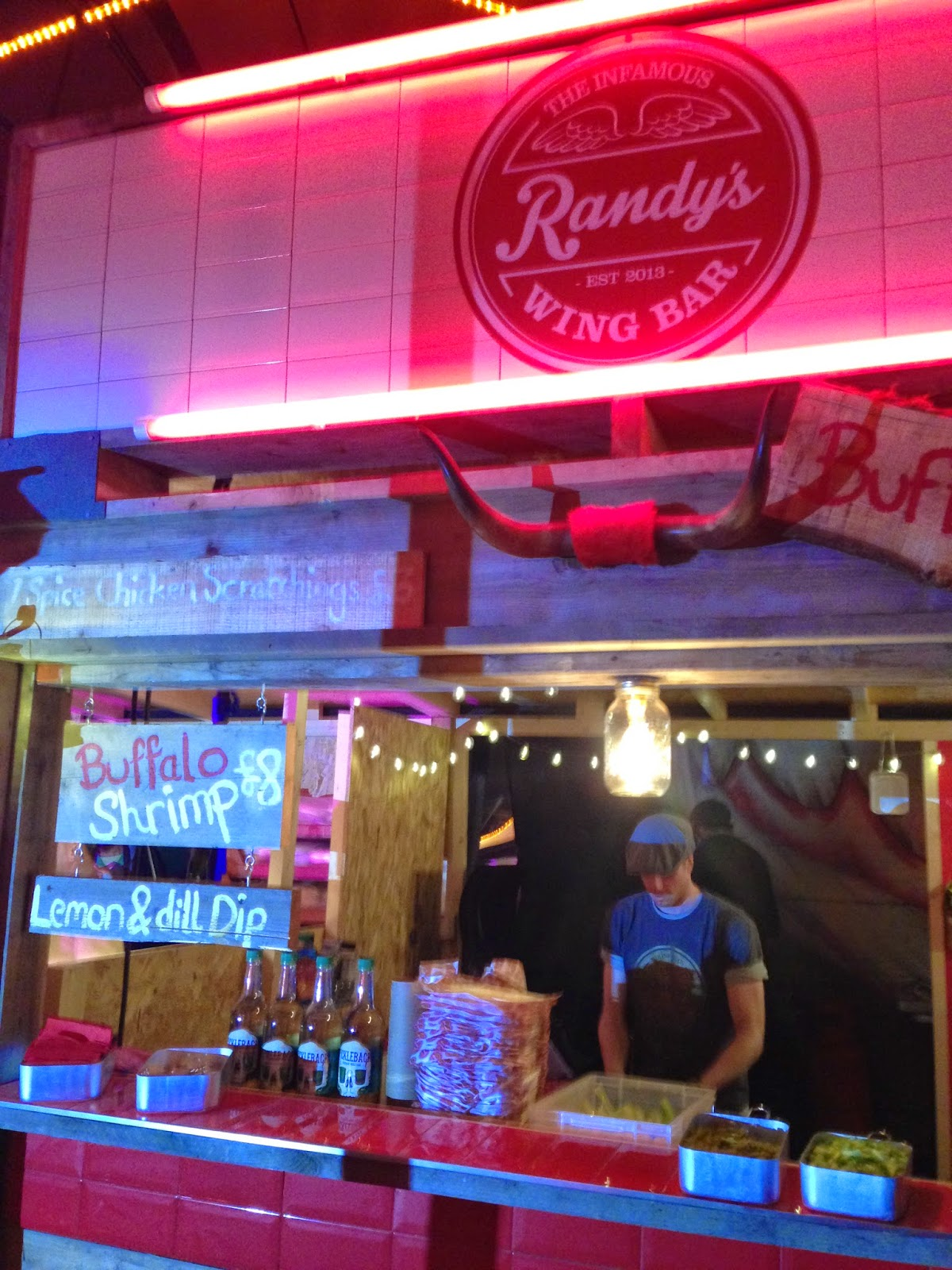 Shoreditch Market: Musings From The Bar And The