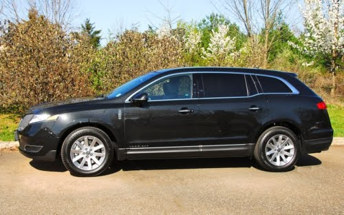 Lincoln Mkt Town Car: Car: Lincoln MKT