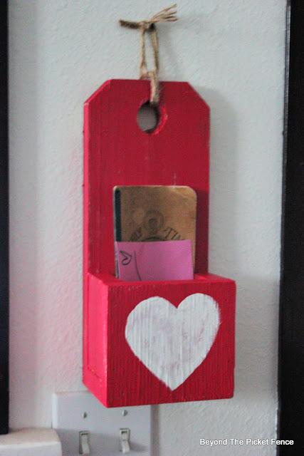 DIY Scrap Wood Valentine Box