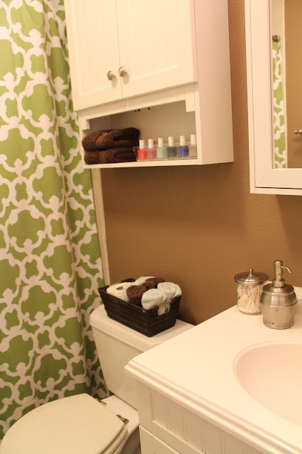 Master Bathroom Make Over! From Brown to Bright.
