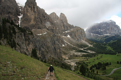 Walking toward Passo Gardena.