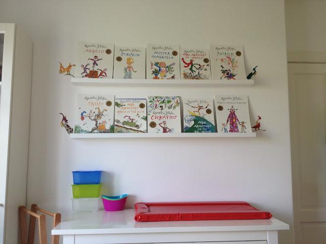 Albert's Nursery - Quentin Blake's Cockatoos