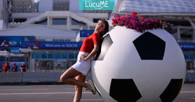 8 Foto Suporter Cantik di Piala Dunia, Bikin Cowok Semangat Nonton Sepakbola