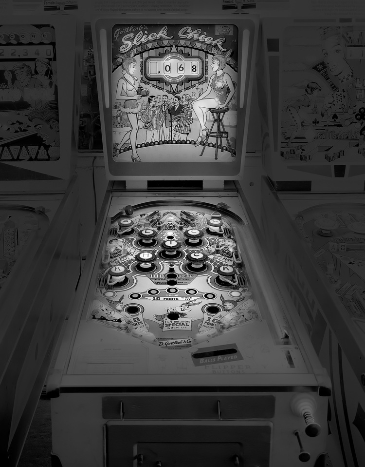 09-Slick-Chicks-Michael-Massaia-Black-and-White-Photographs-Funfair-and-Pinball-Machine-www-designstack-co