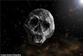 Întoarcerea asteroidului în forma de craniu !