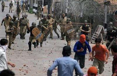 Pasukan India Eksekusi Bocah Remaja Kashmir dalam Aksi Protes Jam Malam