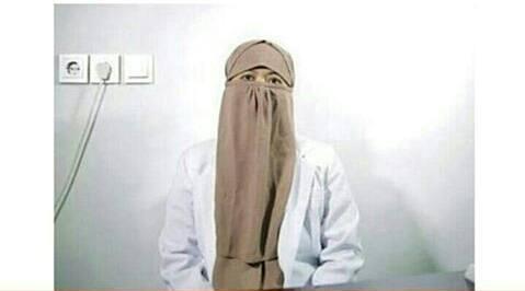 MASHAA ALLAH, DOKTER BERCADAR INI BERI PELAYANAN 24 JAM