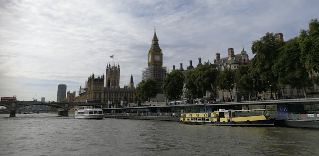 London 2017 - Houses of Parliament vom Boot aus