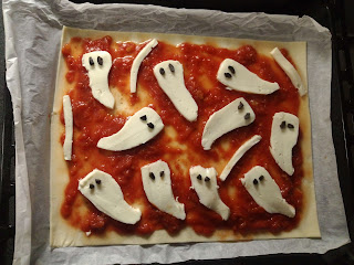 pizza halloween fantasmi