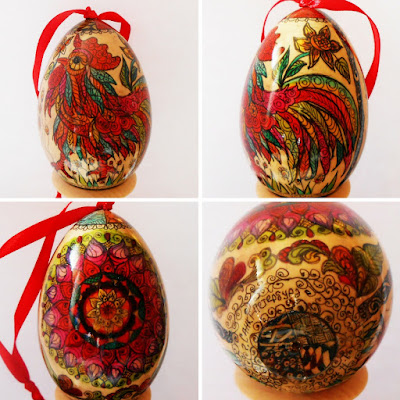 Exclusive Souvenirs the wooden Egg in zentangl style with Rooster