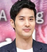 Biodata Kim Ji Suk pemeran Lee Jin-Sang