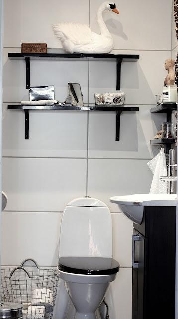annelies design, webbutik, webshop, woodwick doftjus, toalett, liten toalett, svan, svanar, tips, irnedning, inspiration