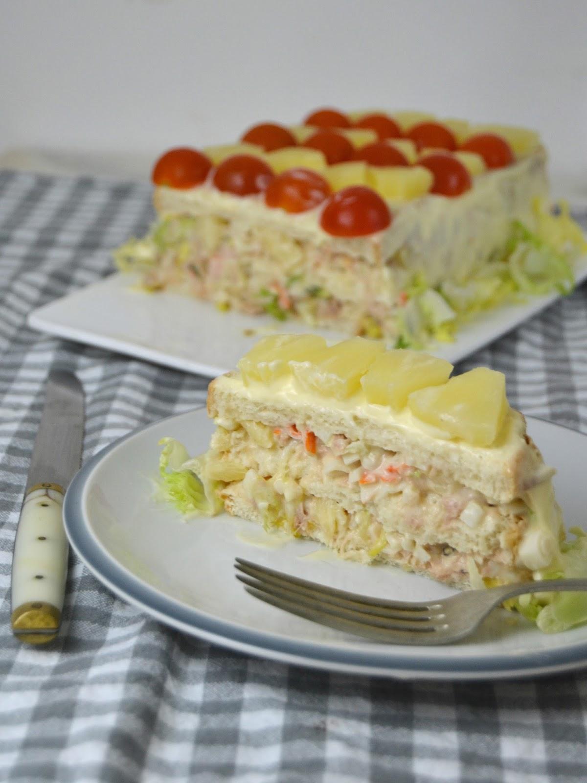 Pastel frío de atún, piña y surimi con pan de molde ¡Fácilisimo ...