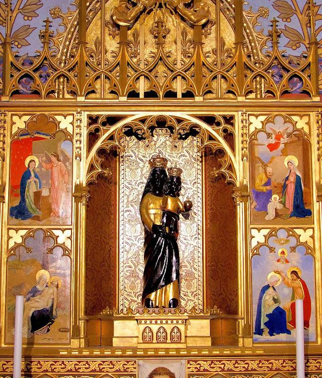 Imagem de Nossa Senhora na capela de Loreto da igreja de São Matias, Budapeste
