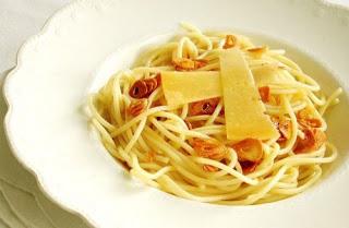 Receita de Espaguete ao alho e óleo