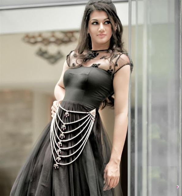 Cool Images Taapsee Pannu