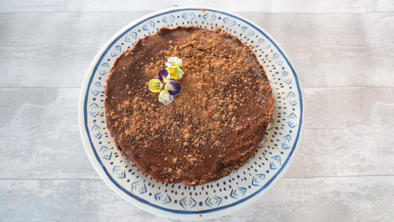 raw flourless chocolate torte