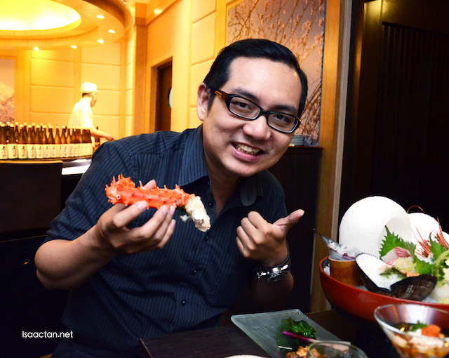 Thumbs up for the Hokkaido King Crab, love it!
