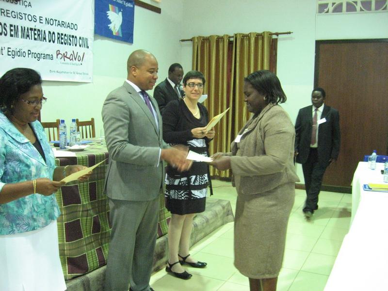 Comunity of Sant'Egidio: Diploma awarding cerymonu of training courses on civil registration (Nampula)