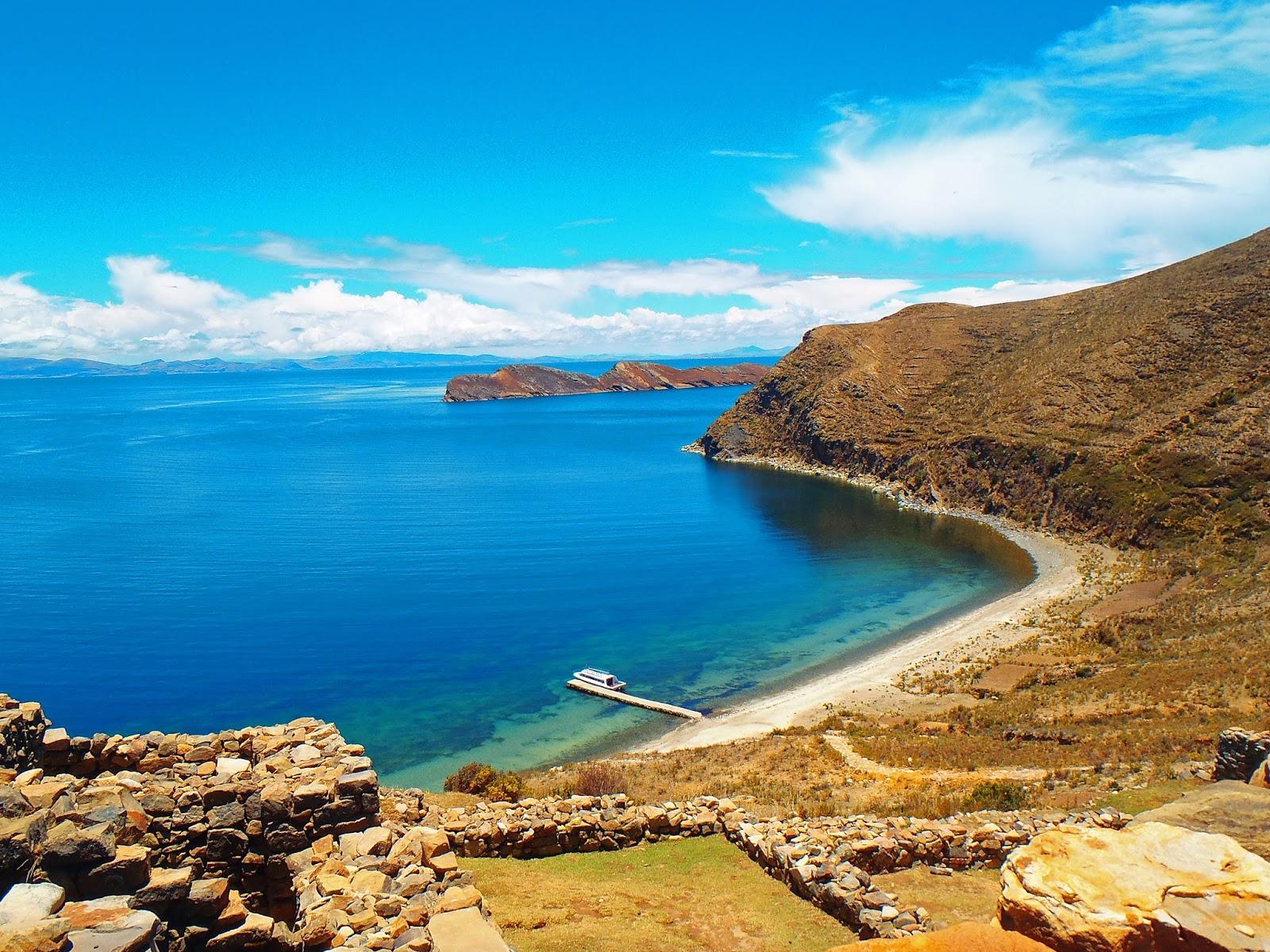 Hiking Lake Titicaca's Isla del Sol