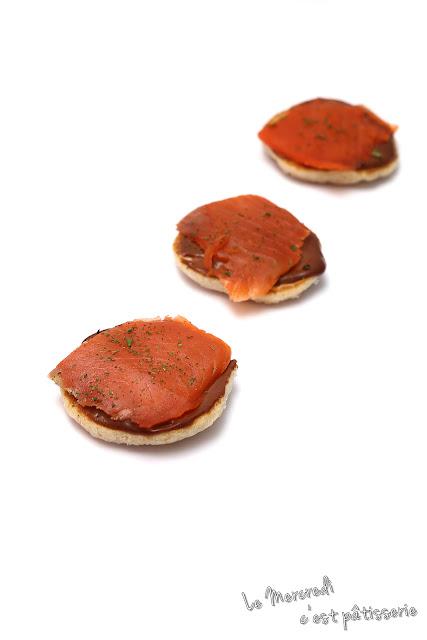 Blinis saumon et sauce chocolat - gingembre
