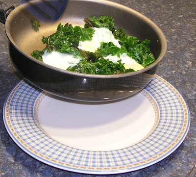 Kale poached eggs