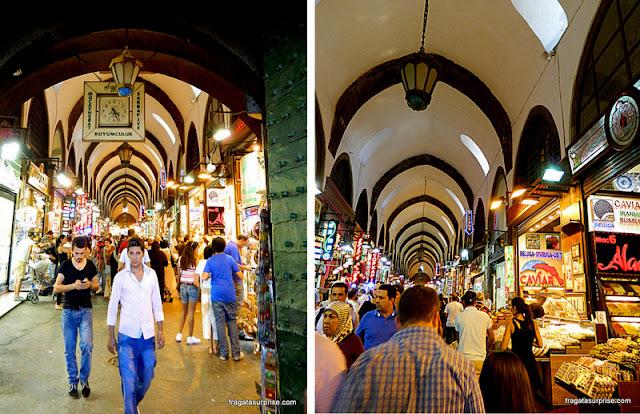 Corredores do Bazar Egípcio de Istambul, Turquia