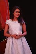 Madhu Shalini dazzling photo shoot-thumbnail-16