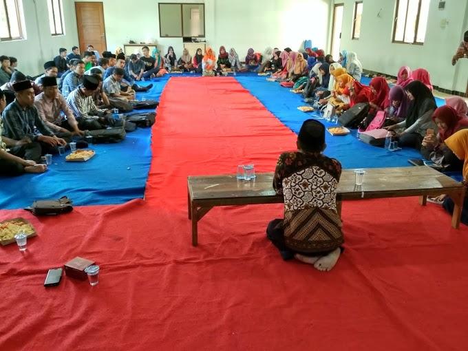 Mahasiswa Prodi PS Sharing Semangat Berorganisasi Dalam Sarasehan dan Silaturahmi Alumni