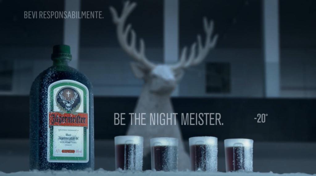 Pubblicità Jagermeister ''Be the Night Meister'' con festa e cavallo