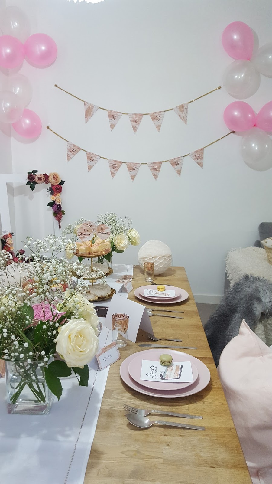 pink and white eid decorations