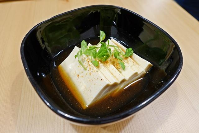 原粹蔬食作溫豆腐