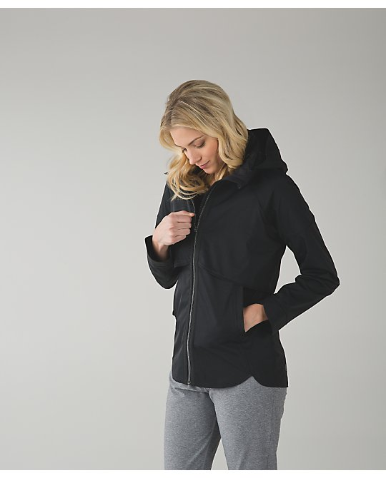 lululemon storm-fly-jacket