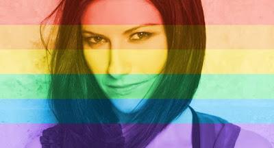 """Laura Pausini """"casa"""" a pareja gay"""