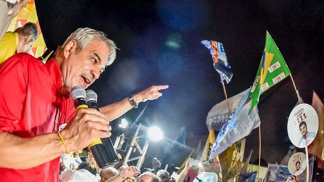Senado: Humberto Costa agora é líder, com 32%, segundo Ibope