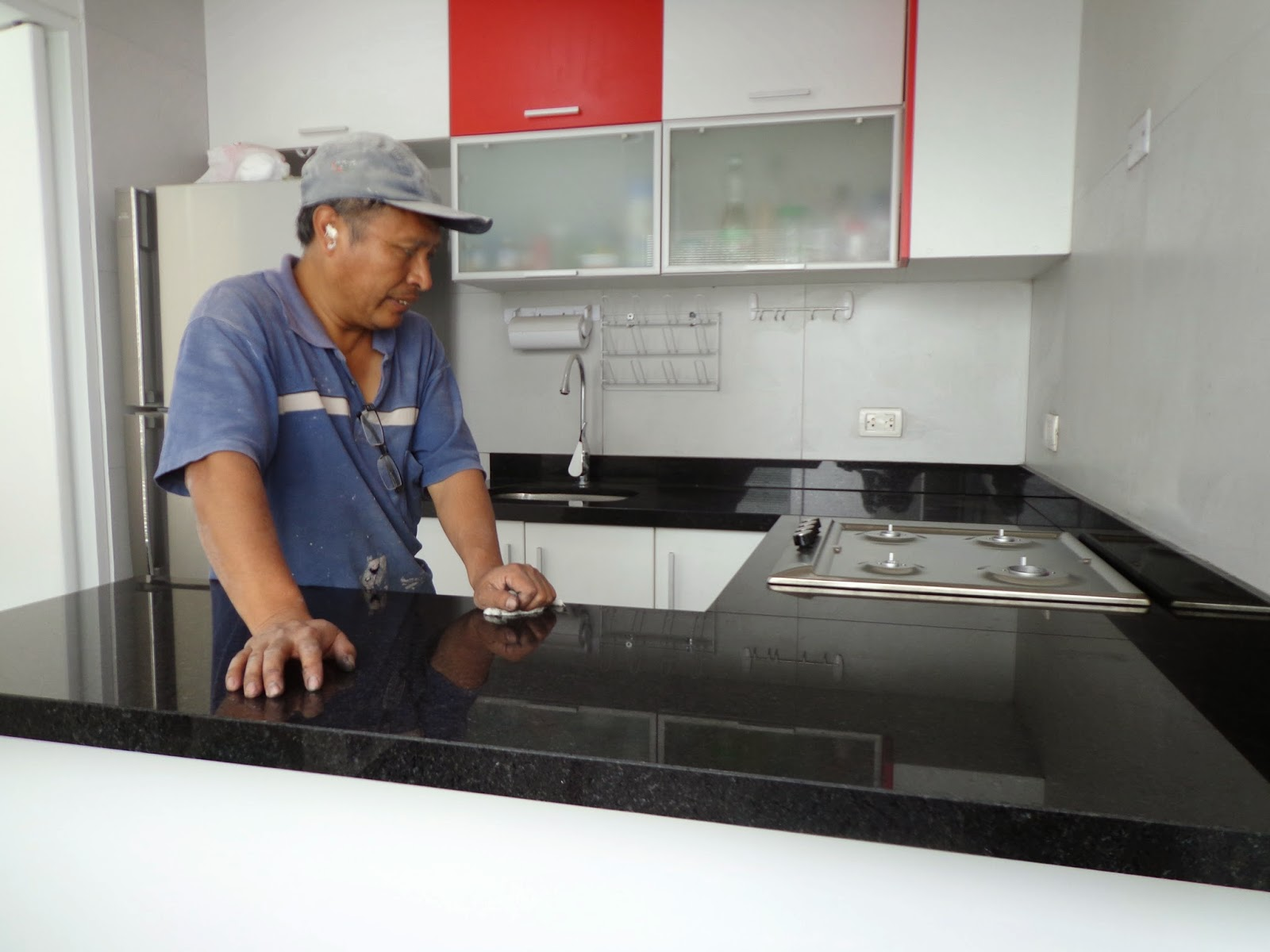 Tableros cocina granito marmol lima for Tableros para encimeras cocina