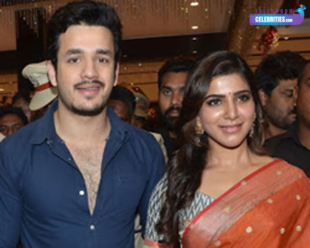 Akhil & Samantha @ Shopping Mall ??