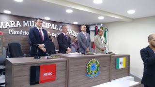 Prefeito Olivânio Remígio prestigia posse da nova mesa diretora da Câmara de Picuí
