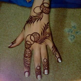 20 Unique Latest Mehndi Designs For This Festive Season Bling