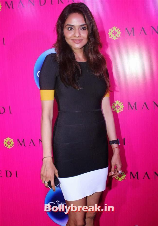 Madhoo, Mandira Bedi Sari Store Launch Photos