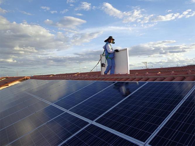 72% da população compraria sistema solar se houvesse crédito