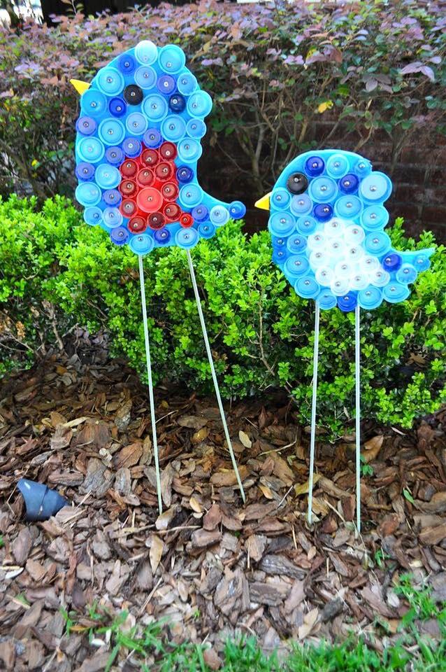 10 usos creativos para las tapas de pl stico for Casas de plastico para jardin